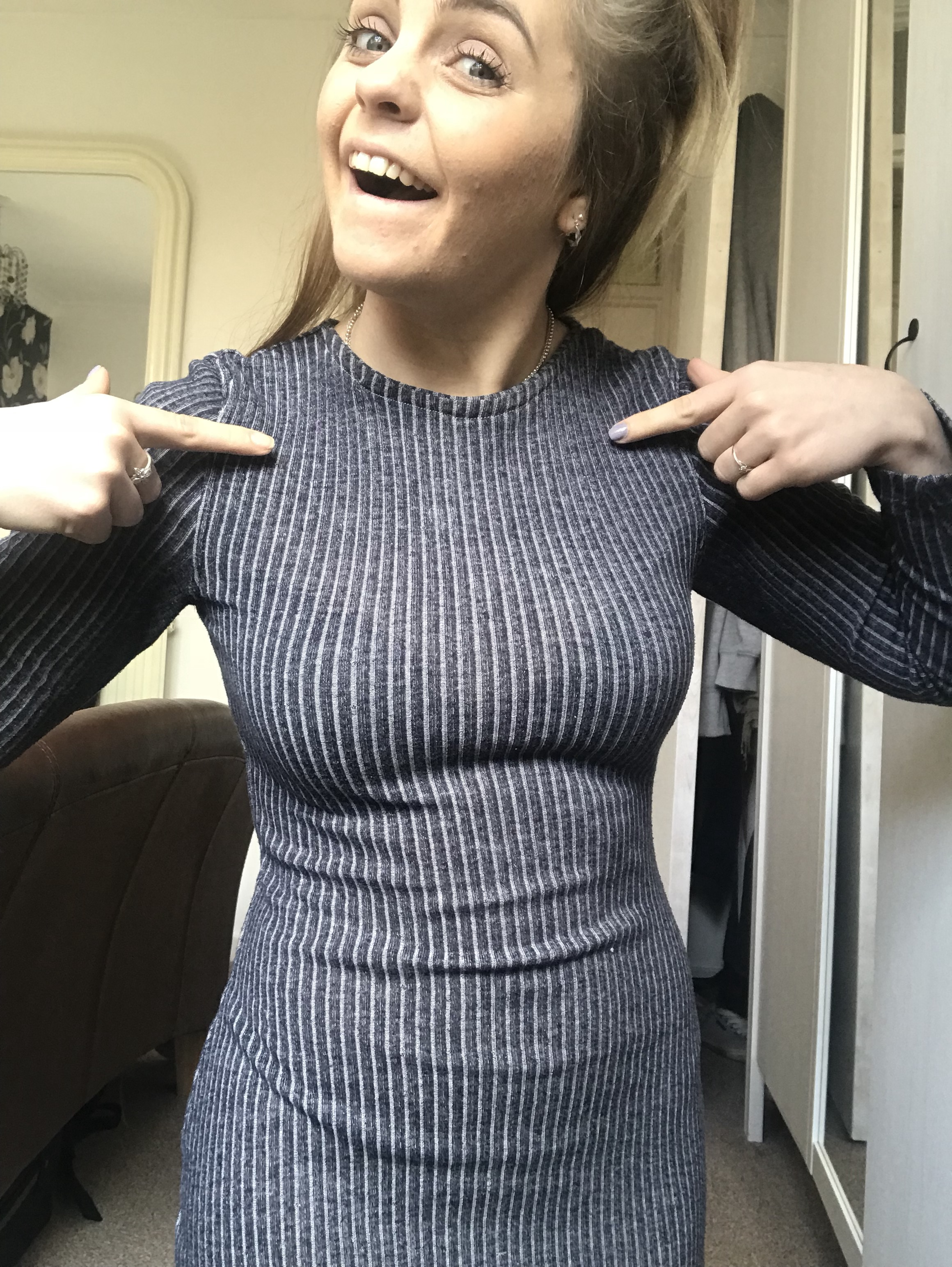 How to change the neckline on a dress
